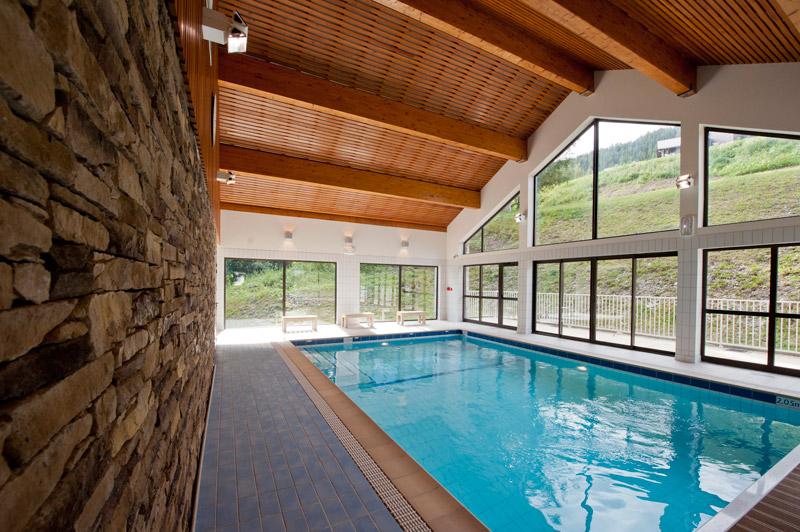 h bergement la plagne location la plagne piscine int rieure salle fitness baln o la marmottane. Black Bedroom Furniture Sets. Home Design Ideas